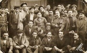 Moreno e outros ó chegar a Asturias (Eliseo)