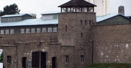 Las víctimas del franquismo piden a Rajoy un monumento a los republicanos en Mauthausen