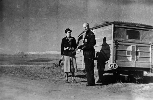 Norman_Bethune_transfusion_unit_1936