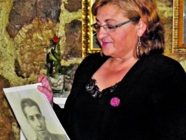 «Los propios curas no nos dejan sacar a mi abuelo del Valle de los Caídos»