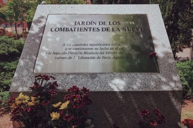 Placa-Jardin-combatientes-Ciudad-Lineal_EDIIMA20170420_0509_19