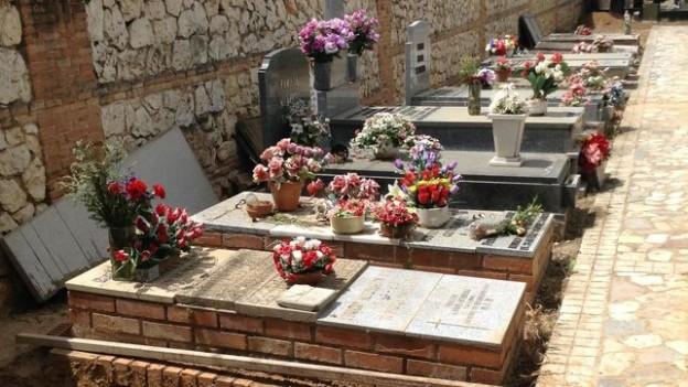 Linea-fosas-colectivas-cementerio-Guadalajara_EDIIMA20170514_0310_20