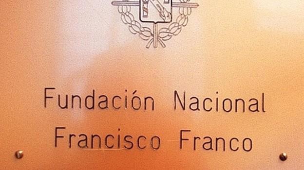 MADRID 19 09 02     POLITICA    EDIFICIO QUE ALBERGA LAS OFICINAS DE LA FUNDACION FRANCISCO FRANCO EN MADRID SITUADA EN LA CALLE MARQUES DE URQUIJO N 10 FOTO DAVID CASTRO     M 23089