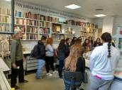 Estudiantes norteamericanos recogen información sobre las fosas del franquismo