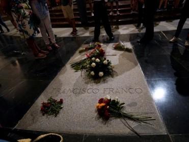 """Emilio Silva: """"Si van a hacer un cementerio civil en el Valle de los Caídos hay que desacralizar la basílica"""""""