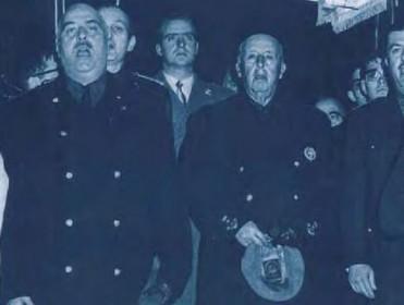"""Diccionario biográfico del franquismo: una guía de los """"protagonistas y cómplices"""" del yugo de Franco"""