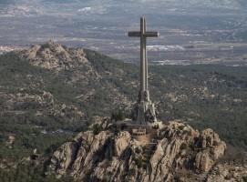 """La Asociación para la Recuperación de la Memoria ve """"blandura política"""" del Gobierno en la exhumación de Franco"""