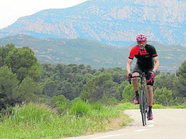 alex-cirera-durante-su-entrenamiento-para-recorrer-2-000-kilometros-a-traves-de-europa