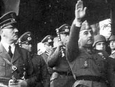 Piden que el Gobierno desclasifique documentos que relacionan el franquismo y el nazismo