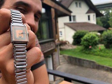 Un viaje para recuperar el reloj de Cayo, fallecido en un campo nazi hace 75 años