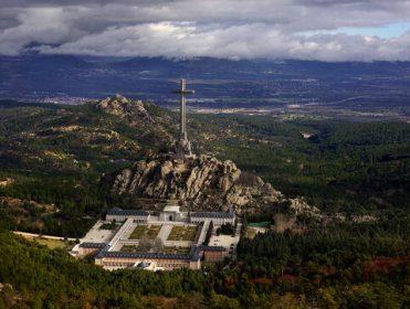 Patrimonio Nacional autoriza la exhumación de las víctimas enterradas en el Valle de los Caídos