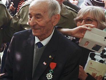 Fallece con coronavirus Rafael Gómez, último superviviente de 'La Nueve', la compañía de españoles que liberó París de los nazis